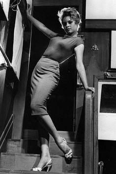 Brigitte Bardot in Et Dieu… créa la femme directed by Roger Vadim, 1956 Bridget Bardot, Brigitte Bardot Young, Catherine Deneuve, Jane Fonda, Marie Christine Barrault, And God Created Woman, Classic Actresses, French Actress, Vintage Hollywood