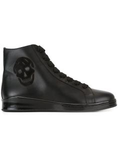 ALEXANDER MCQUEEN Skull Hi-Top Sneakers. #alexandermcqueen #shoes #sneakers