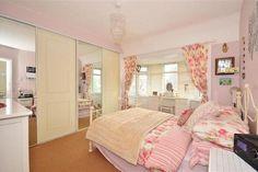 4 bedroom semi detached house for sale in Phoenix Way, Southwick, West Sussex BN42 - 29082812
