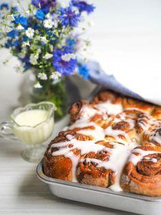 Mehevät Kanelipullat - Cinnamon Rolls   Annin Uunissa Great Recipes, Favorite Recipes, Cinnabon, Most Delicious Recipe, Cinnamon Rolls, Brunch, Yummy Food, Meals, Baking