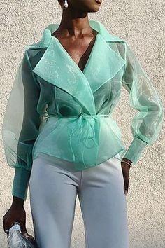 Plus Size Plain See-Through Long Sleeve Women's Blouse tops Blouse… Plus Size Plain Blusa de mangas compridas transparentes das mulheres # blusas femininas # blusa feminina # moda feminina Classy Dress, Classy Outfits, Blouse Styles, Blouse Designs, Dress Designs, Haute Couture Style, Vogue, Looks Style, African Fashion
