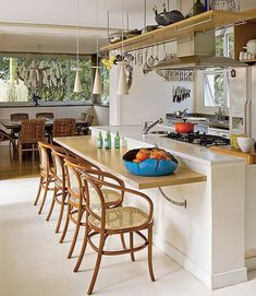 Kitchen island ideas for inspiration on creating your own dream kitchen. diy painted small kitchen design - with seating and lighting Modern Kitchen Island, Kitchen Island With Seating, Kitchen Dinning, Kitchen Decor, American Kitchen, Beautiful Kitchens, Interior Design Living Room, Home Kitchens, Kitchen Remodel