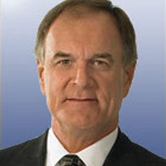 Brian Billick predicts the Broncos will start off 0-3 and Lynch will play in Week 4  https://twitter.com/CoachBillick/status/769973125345869824 Submitted August 28 2016 at 07:46PM by StriveGreatness22 via reddit http://ift.tt/2bt3rMF