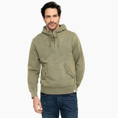 Me gustó este producto J.crew Polerón. ¡Lo quiero! Sweaters, Fashion, Sweater Vests, Men, Moda, Fashion Styles, Pullover, Sweater, Fashion Illustrations