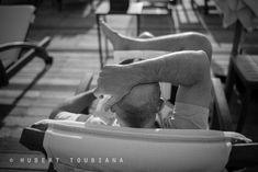 """Body language - Language du corps  © Hubert Toubiana <a href=""""https://www.hubert-toubiana-photo.com/"""">hubert-toubiana-photo.com</a>  <a href=""""https://www.facebook.com/hubert.toubiana.photography/"""">Facebook</a> <a href=""""https://www.flickr.com/photos/144767232@N05/"""">Flickr</a> <a href=""""https://fr.pinterest.com/htoubianaphoto/"""">Pinterest</a>  <a href=""""https://twitter.com/htoubiana_photo/"""">Twitter</a>"""