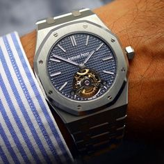 #Audemars #Piguet #Tourbillon #Royal #Oak Extra-Thin #iwc #rolex #hublot #omega #panerai #awesome #wristshot #dailywatch #cool #timepiece #menswear #clock #mensfashion #amazing #watchoftheday #timepieces #smile #tusenowatches #wristgame #gold #watchporn #vip #lifestyle #wealth by justmydailywatch