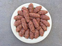 Σουτζουκάκια Πολίτικα Breakfast Recipes, Snack Recipes, Cooking Recipes, Snacks, Greek Cooking, Hamburger Meat Recipes, Sweet Pastries, Middle Eastern Recipes, Greek Recipes