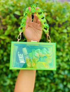 Cute Purses, Purses And Bags, Maquillage Harry Potter, Lip Gloss Homemade, Foto Baby, Cute Makeup, Beauty Makeup, Aesthetic Makeup, Indie Kids