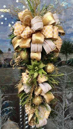 Christmas Decor - Arcadia floral and home decor