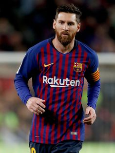 Lionel Messi of FC Barcelona during the La Liga Santander match between FC Barcelona v Villarreal at the Camp Nou on December 2018 in Barcelona Spain Get premium, high resolution news photos at Getty Images Lional Messi, Messi Fans, Lionel Messi Wallpapers, Uefa Champions, Best Club, Camp Nou, Latest Sports News, Fc Barcelona, Football Players