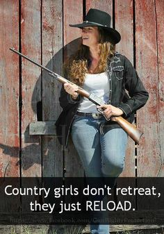 Gals with Guns & Bows: Photo Southern Girls, Country Girls, Cowgirl And Horse, Cowboy Hats, Country Western Fashion, Redneck Girl, American History, Riding Helmets, Guns