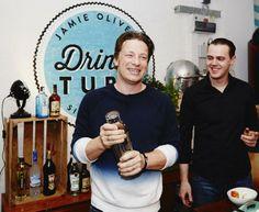 Bacardi kooperiert mit Jamie Oliver für leckere Cocktail Rezepte - HYYPERLIC