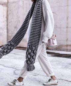 32 M fashion en fourrure synthétique Chunky Fil de Laine Pour Tricot Et Crochet Project Noir