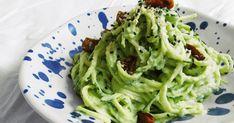 Taky tak hrozně zbožňujete těstoviny jako já? Pro mě jsou opravdovou slabinou, a to hlavně špagety 🍝 Přestože se i klasické těstoviny... Cabbage, Spaghetti, Detox, Vegetables, Ethnic Recipes, Food, Essen, Cabbages, Vegetable Recipes