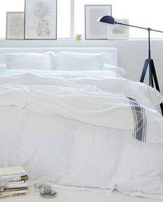 Space-Saving Tips for Small Bedrooms – Au Lit Fine Linens