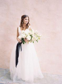 Tendance Robe du mariage 2017/2018  Tulle A-line wedding dress: www.stylemepretty Photography: Ashley Kelemen  a