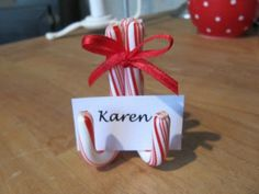 10 Candy Cane Crafts that Make Gorgeous Christmas Decorations--Pretty Placecard Holders