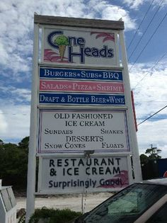 Cape San Blas, FL: Can't miss it. Check out the icecream downstairs.