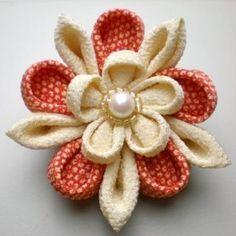 Japanese Kimono Chirimen Silk Corsage / brooch,...