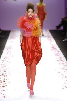 Agatha Ruiz de la Prada Fall 2007 Runway Pictures - StyleBistro