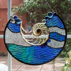Blue Wave Glass Accents Nautilus Shell by SerendipityGlassWrks Stained Glass Suncatchers, Stained Glass Designs, Stained Glass Panels, Stained Glass Projects, Stained Glass Patterns, Stained Glass Art, Mosaic Art, Mosaic Glass, Fused Glass