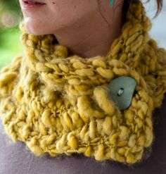 Love this! Multiple knit patterns and a number of them are free