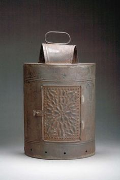 1000 images about candle lanterns and other early - Early american exterior lighting ...