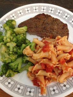 Steak, broccoli, macaroni & tomatoes