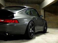 "tunedandracecars: ""  Porsche 911 (993) """