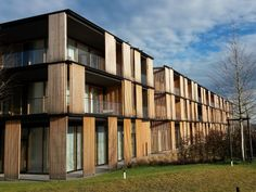 Panel curtain wall / glass / wooden - health resort lanserhof by ingenhoven architects Architecture Building Design, Hotel Architecture, Post Hotel, Wooden Facade, Architect Drawing, Hospital Design, Panel Curtains, Hotels And Resorts, King Horse