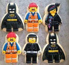 Lego people cookies~                      By Oh, Sugar! Events, black batman, Orange construction worker, policeman,                                                                                                                                                                                 もっと見る