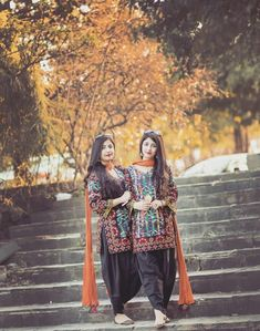 Image may contain: 2 people, people standing and outdoor Girls Dp Stylish, Stylish Girl Images, Pakistani Wedding Outfits, Pakistani Dresses, Pakistani Gharara, Indian Dresses, Punjabi Girls, Mother Daughter Outfits, Kids Frocks Design
