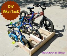 10 diy bike and scooter stand get it together pinterest make an easy bike rack or a scooter rack love the scooter rack solutioingenieria Images