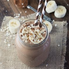 This coconut, banana & chocolate breakfast smoothie is a delicious and healthy way to start the day and the addition of oats will keep you filled up until lunchtime.Vegan, Gluten-Free and Dairy-Free.