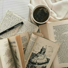 this or that - dark academia edition Aesthetic Light, Beige Aesthetic, Book Aesthetic, Aesthetic Coffee, Detective Aesthetic, Autumn Aesthetic, Night Aesthetic, Different Aesthetics, Coffee And Books