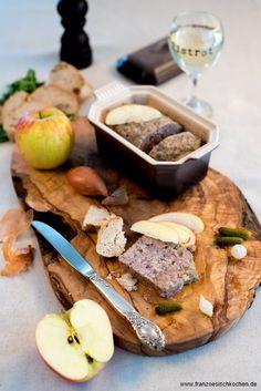 Terrine de canard aux pommes, Calvados et 4 épices (Ententerrine mit Äpfeln, Calvados und 4-Gewürzen) | Französisch Kochen by Aurélie Bastian
