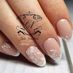 super Ideas for nails wedding french colour Creative Nail Designs, Creative Nails, Nail Art Designs, Coffin Nails Ombre, Glitter Nails, Mani Pedi, Manicure, Negative Space Nails, Nail Decorations