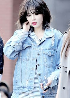 Hyuna (4 Minute)