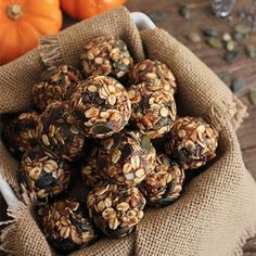 Fuel-Your-Workout Recipes: Pumpkin Pie Energy Bites with Dark Chocolate