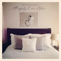 Love how this above the bed