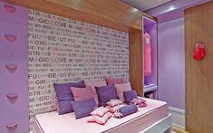 Neste projeto da arquiteta Márcia Brunello o clássico rosa ganha toques esportivos para agradar a adolescente praticante de boxe . Foto: Divulgação