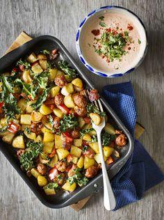 Helppo uuniruoka – katso ohjeet   Meillä kotona Pasta Carbonara, Fajitas, Chorizo, Kung Pao Chicken, Mozzarella, Potato Salad, Curry, Food And Drink, Potatoes