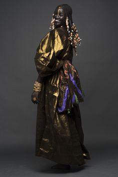 Pour célébrer l'indépendance du Sénégal le 4 avril , la mannequin sénégalaise Khoudia Diop surnommée
