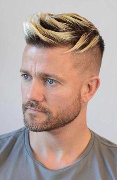 white undercut Skin Fade Hairstyle, Fade Haircut, Blonde Hairstyles, Surfer Hairstyles, Spiky Hairstyles, Men's Hairstyle, Blonde Jokes, Blonde Guys, Men Blonde Hair