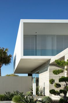 Cantilever House - Sumich Chaplin Architects