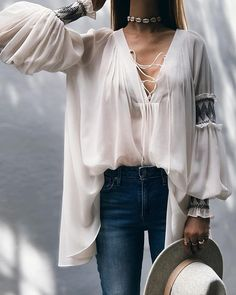 Lantern Sleeve Frill Hem Loose Blouse Women's Online Shopping Offering Huge Discounts on Dresses, Lingerie , Jumpsuits , Swimwear, Tops and More. Trend Fashion, Look Fashion, Womens Fashion, Blouse Ample, Modest Fashion, Fashion Outfits, Looks Style, Pulls, Pattern Fashion