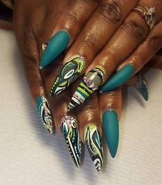Love this nail design by @andreasnailtique