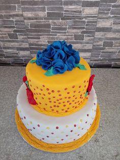 African Tsonga cake African Wedding Cakes, African Wedding Attire, Tsonga Traditional Dresses, African Traditional Dresses, Traditional Wedding Cake, Traditional Cakes, My Bridal Shower, Bridal Shower Cakes, African Cake