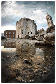 Zadar  Chcesz spędzić wakacje w Chorwacji? Przeglądaj setki ofert i rezerwuj na www.chorwacja.pl!