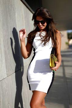 sarahluxxx.. White with black